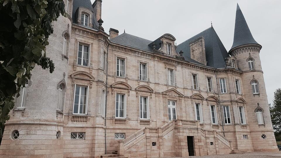 Pichon lalande chateau building