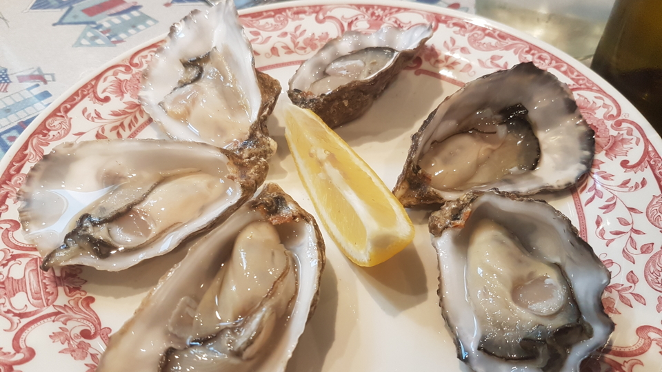 Wheelers rock oyster