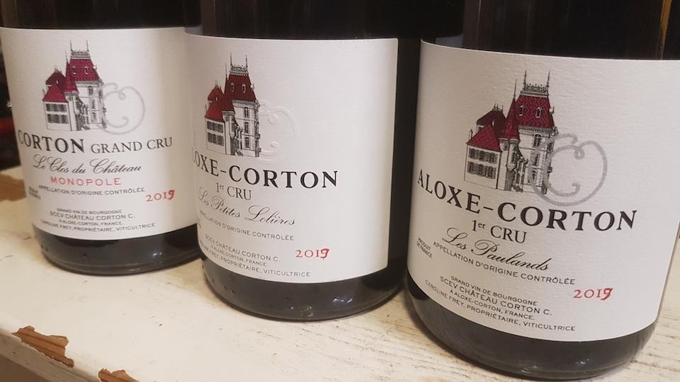 La lumie%cc%80re noire burgundy bottles cover