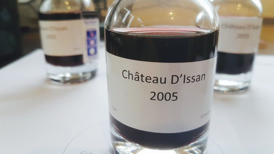 Issan 2005 bottle