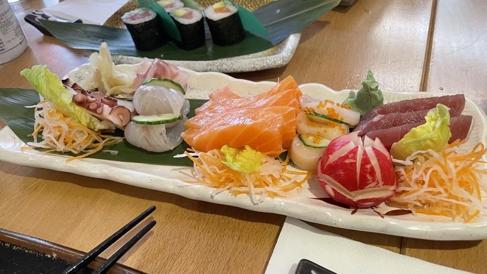 Sashimi platter copy