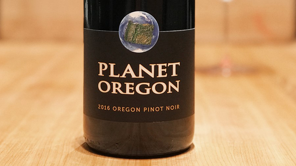 2016 Planet Oregon Pinot Noir ($22.00) 91